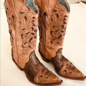 Corral Women's Tan Python and Goat Leather Boot